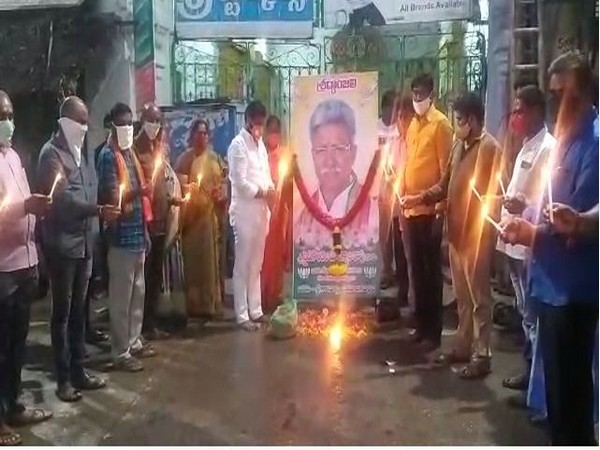BJP leaders paying homage to P Manikyala Rao in Chittoor. Photo/ANI
