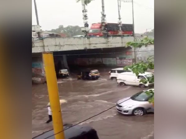 Streets waterlogged due to heavy rains in Dahisar, Mumbai (Photo/ANI)