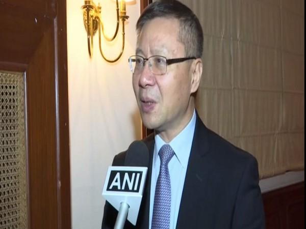 Director of China Insititute in Fudan University  Professor Zhang Weiwei