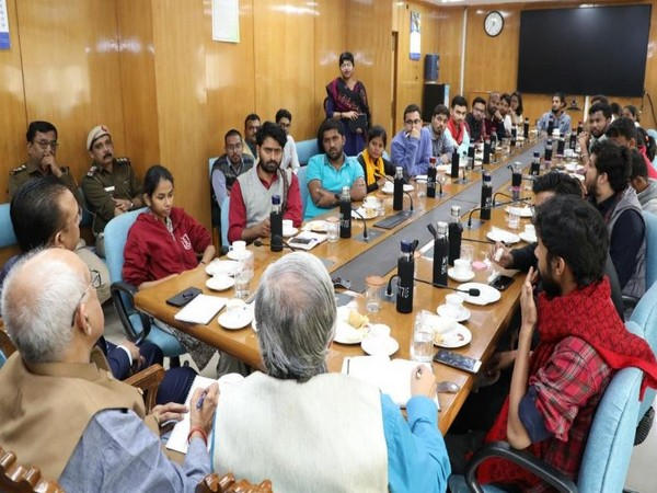 MHRD High Power Committee met JNU students at Shastri Bhawan in New Delhi on Wednesday (Photo/MHRD Twitter)