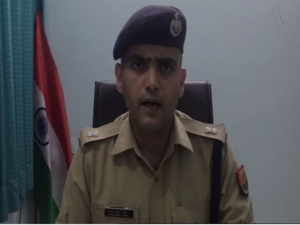 Circle Officer (CO) Prabhat Kumar speaking to media persons on Wednesday. Photo/ANI