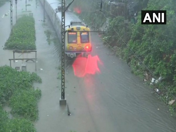 Railway tracks submerged due to heavy rains in Mumbai
