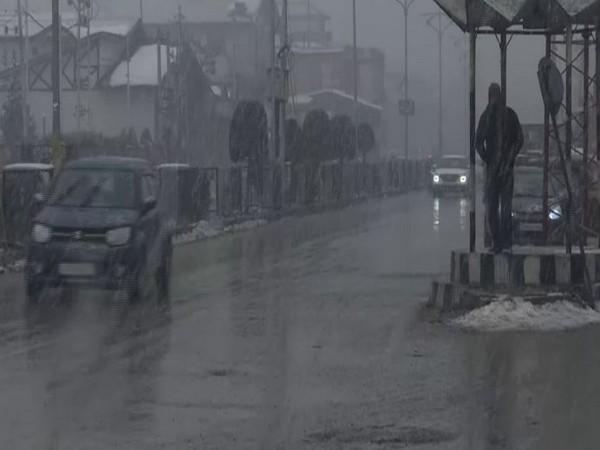 Srinagar received snowfall on Saturday (Photo/ANI)