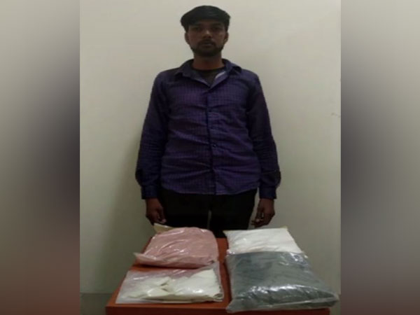 Man with four packages of intoxicating material. Photo/ANI