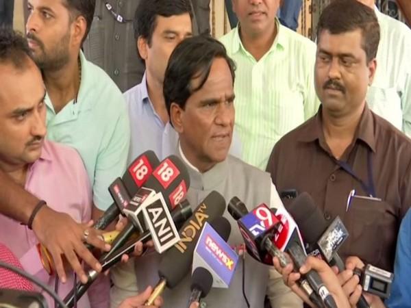 BJP leader Rao Saheb Danve speaking to reporters in Mumbai on Monday. Photo/ANI