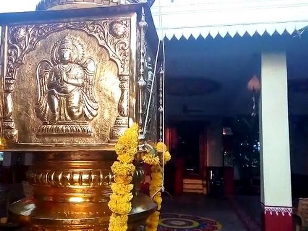 Sunrays enter the sanctum sanctorum of the temple and fall on the feet of deity twice every year, during Tula Sankraman and Makar Sankraman. Photo/ANI