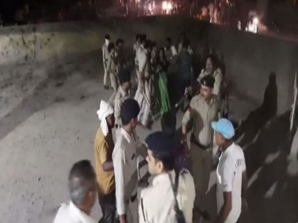 the Bihar police personnel have allegedly misbehaved with the family of the deceased youth on Saturday (ANI)