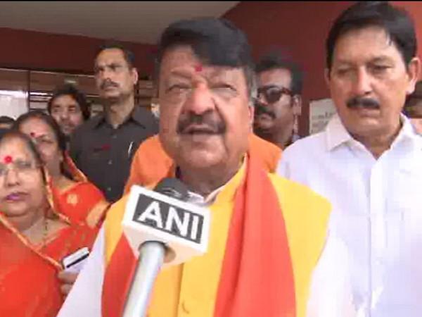 Kailash Vijayvargiya speaks to ANI in Indore on Sunday. [Photo/ANI]