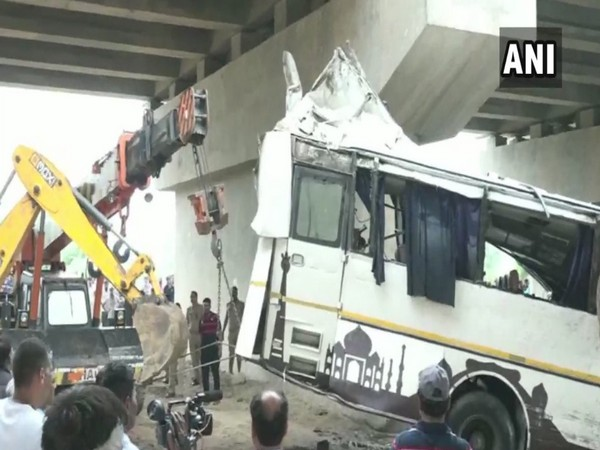 CM orders an investigation into the Agra bus accident (Photo/ANI)