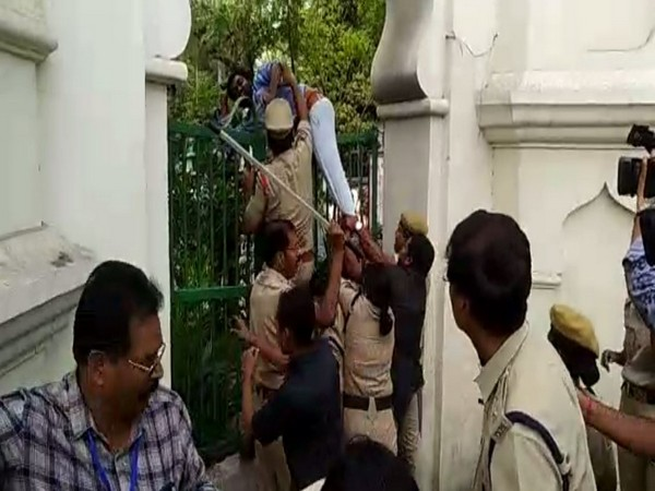 ABVP workers trying to forcibly enter the Telangana Assembly complex.