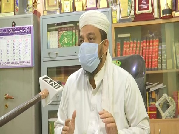Syyed Imran Imam, Maulvi of the Jamia Islamia Masjid in conversation with ANI. (Photo/ANI)