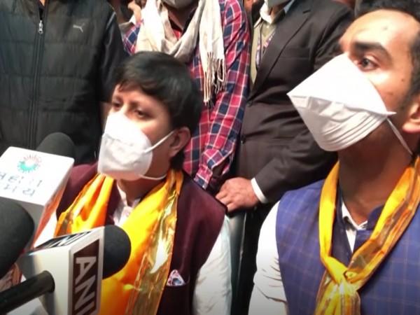 BJP MLA Akash Vijayvargiya and Kartikey Chouhan (Photo/ANI)