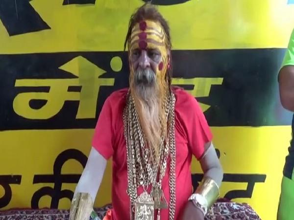 Popularly known as 'Golden Baba', Sudhir Makkar participates in the annual Kanwar Yatra in Meerut, Uttar Pradesh (Photo/ANI)
