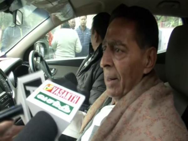 Delhi Congress president Subhash Chopra speaking to the reporters on Friday (Photo/ANI)
