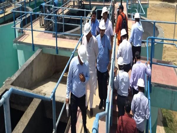 Union Minister for Jal Shakti Gajendra Singh Shekhawat inspecting Dinapur sewage treatment plant in Varanasi. Photo/ANI