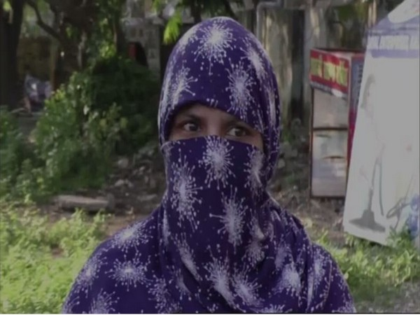 Kamarunissa speaks to ANI in Haldwani. [Photo/ANI]