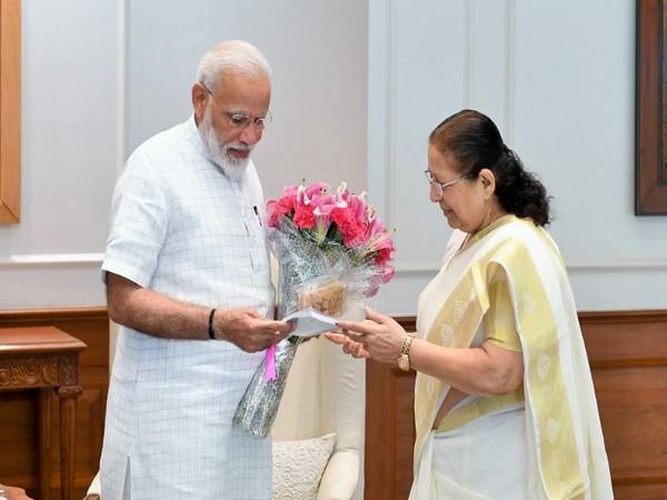 Prime Minister Narendra Modi meeting Sumitra Mahajan (Picture courtesy: PMO India)