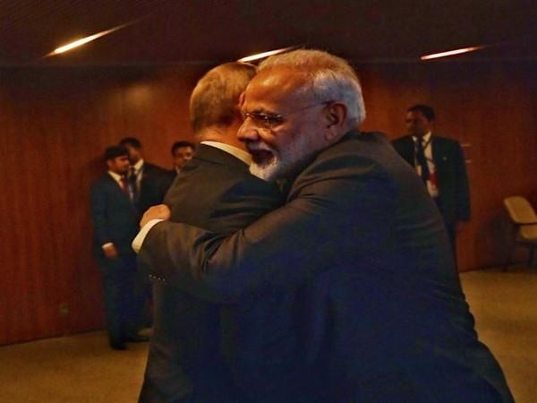 Prime Minister Narendra Modi with President Vladimir Putin