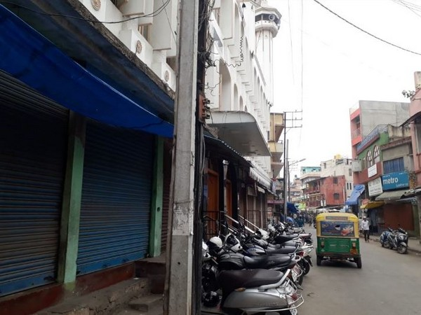 Shops shut in and around Shivajinagar and Frazer Town in Bengaluru (Photo/ANI)
