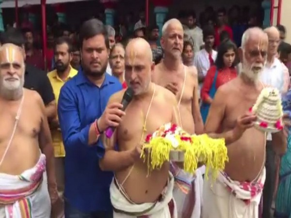 Chilkur Balaji Temple priests performed special rituals to form 'Jatayu Sena' for protecting women and girls. (Photo/ANI)