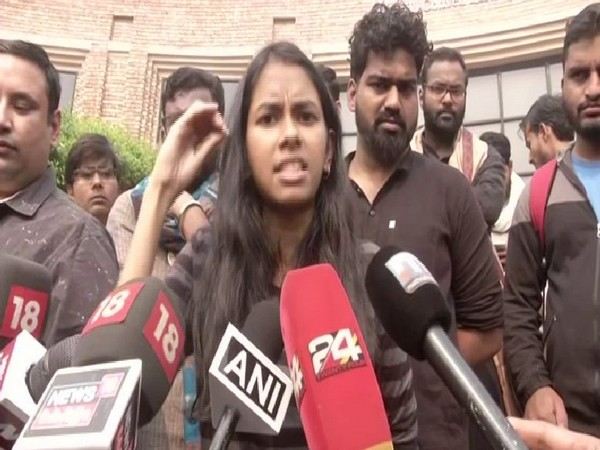 JNUSU President Aishe Ghosh speaking to reporters in New Delhi on Wednesday. Photo/ANI