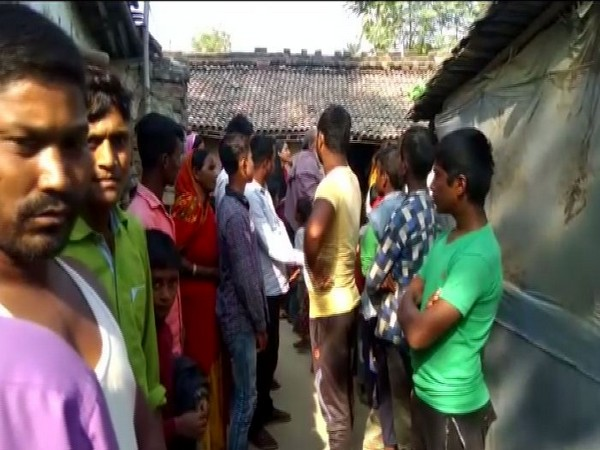 Villagers in Saharsa district waiting for a call from their family members residing in Delhi (Photo/ANI)