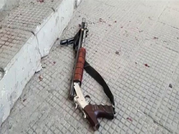The weapon misfired which caused injury to the cash van guard. Photo/ANI