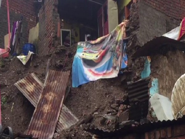 Houses were damaged after heavy rainfall in Mandsaur district. Photo/ANI