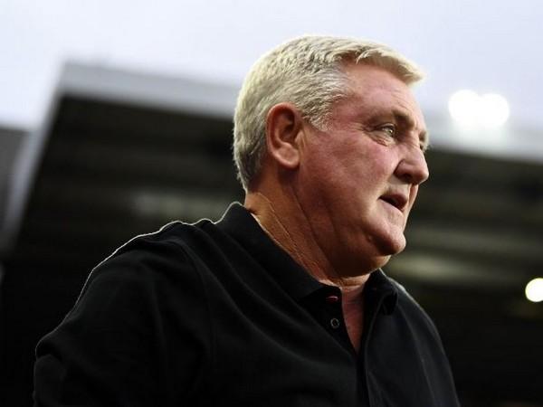 Newcastle United's coach Steve Bruce (Photo/ Newcastle United Twitter)