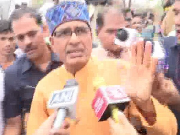 Shivraj Singh Chouhan speaking to media person in Bhopal on Tuesday. Photo/ANI