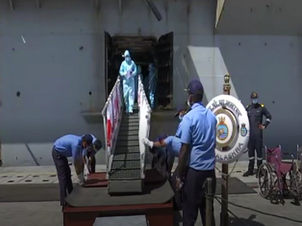 Indian Navy's amphibious transport dock INS Jalashwa, reached port Tuticorin on Tuesday (Photo/ANI)