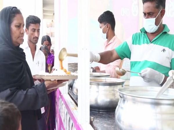 Telangana MLC K Kavitha's Free Food Centre at Nizamabad Government Hospital (Photo/ANI)