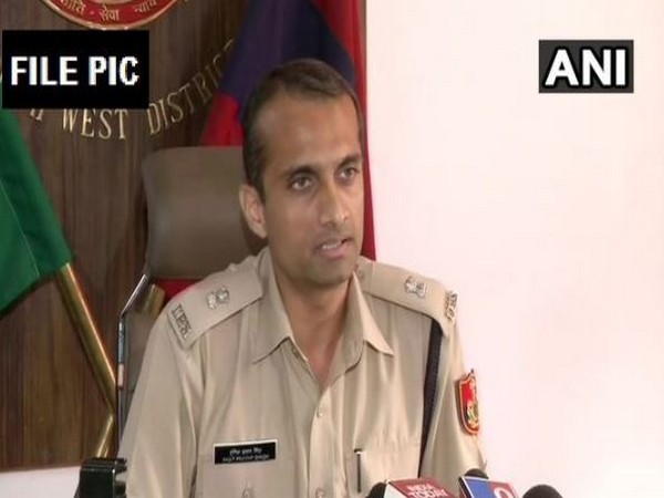 Southwest Additional DCP Ingit Pratap Singh while speaking to the reporters on Wednesday (Photo/ANI)