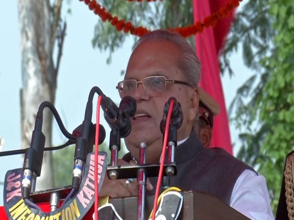 Jammu and Kashmir Governor Satya Pal Malik addressing a public function in Kathua on Monday. Photo/ANI