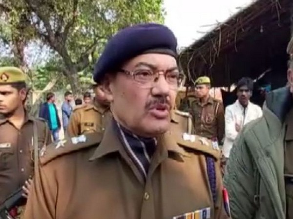 Arvind Chaturvedi, Superintendent of Police (SP) Barabanki speaking to reporters on Saturday. Photo/ANI
