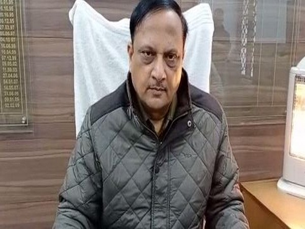 Senior Superintendent of Police (SSP) Sudhir Kumar Singh speaking to media persons on Friday (Photo/ANI)