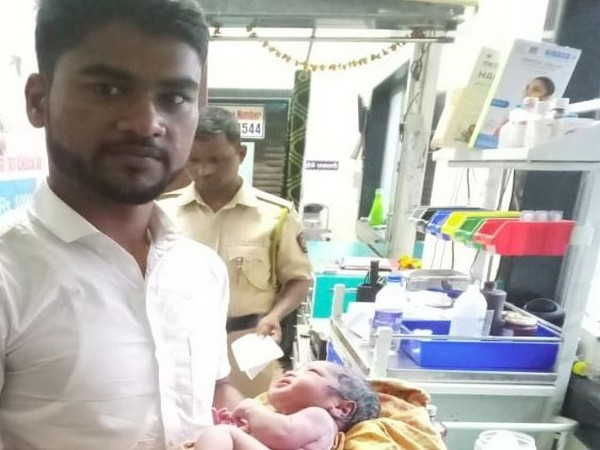 A woman delivered a baby boy at Thane Railway station on Thursday. (Photo/ANI)