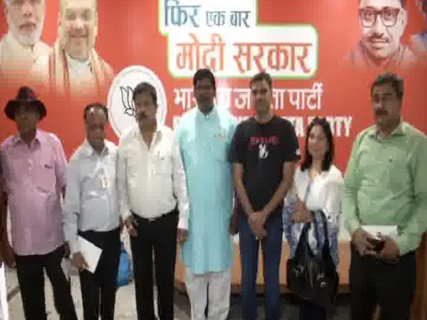 NRIs at BJP headquarters in New Delhi on Thursday. Photo/ANI