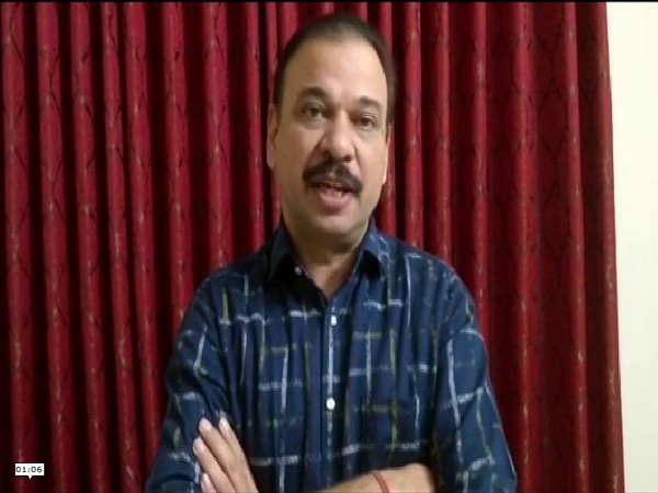 STF officials Rajiv Narayan Mishra sharing details of the case. Photo/ANI