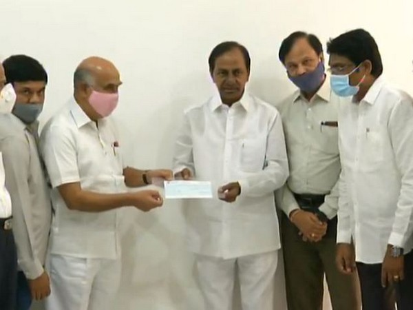 Employees from Telangana State Electricity agencies made a huge donation to the CMRF (Photo/ANI)