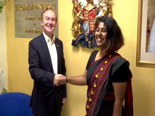 Ambalika with British Deputy High Commissioner of Bengaluru (Photo/ANI)