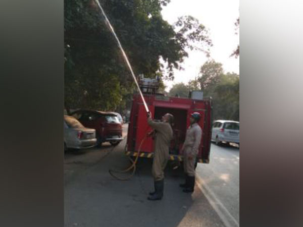 20 fire tenders have been deployed at 13 places across Delhi on Saturday to counter air pollution. Photo/ANI