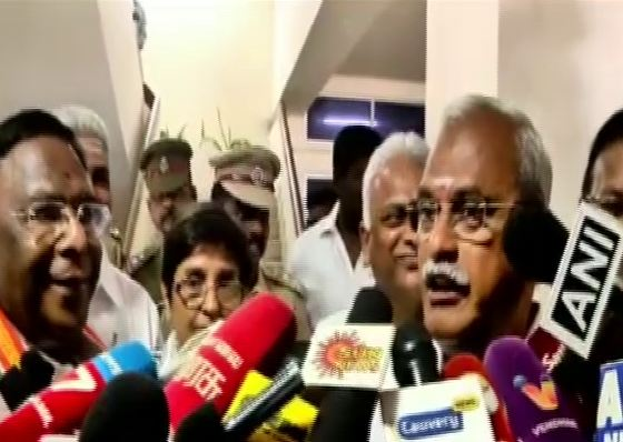 Chief Minister V Narayanasamy and LG Kiran Bedi addressing a media gathering at Puducherry on Saturday