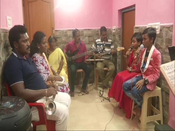 Singer Famina Bruce Lee and her husband, Bruce Lee, an orchestral trumpet player have been struggling to make ends meet during the COVID-19 lockdown. (Photo/ANI)