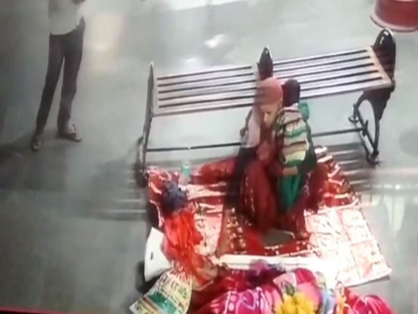A man and a woman were captured in a CCTV footage while abducting an eight-month-old baby from Roadways Bus stand in Galshaheed area, Moradabad. (Photo/ANI)