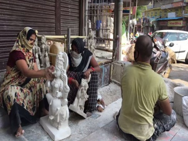 Idol makers in Indore incur losses amid COVID-19 crisis (Photo/ANI)