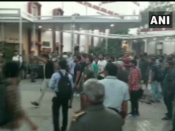 Jamia University students alleged that the attack on them was carried out by few people under the direction of university administration. Photo/ANI