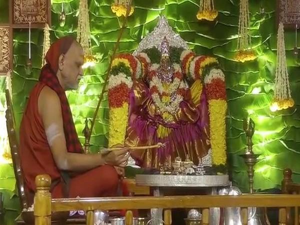 Sarada Peetham sheer Swami Swaroopanandendra