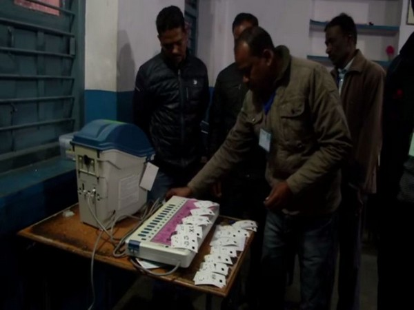 Preparations underway at a polling booth in Ranchi on Thursday (Photo/ANI)