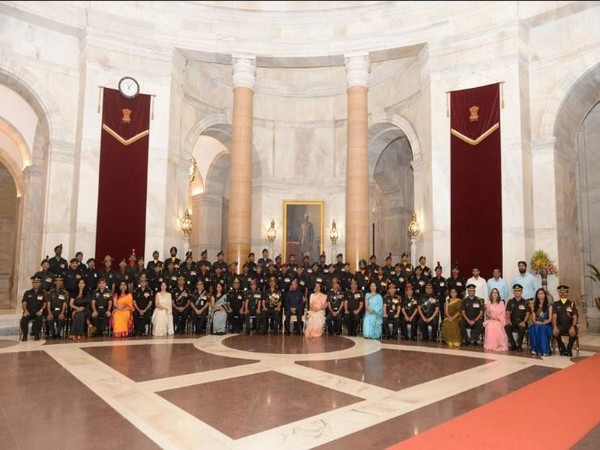 President Ram Nath Kovind met the Territorial Army fraternity on its 70th raising anniversary on Friday in New Delhi. Photo/Twitter (ADG PI - Indian Army)